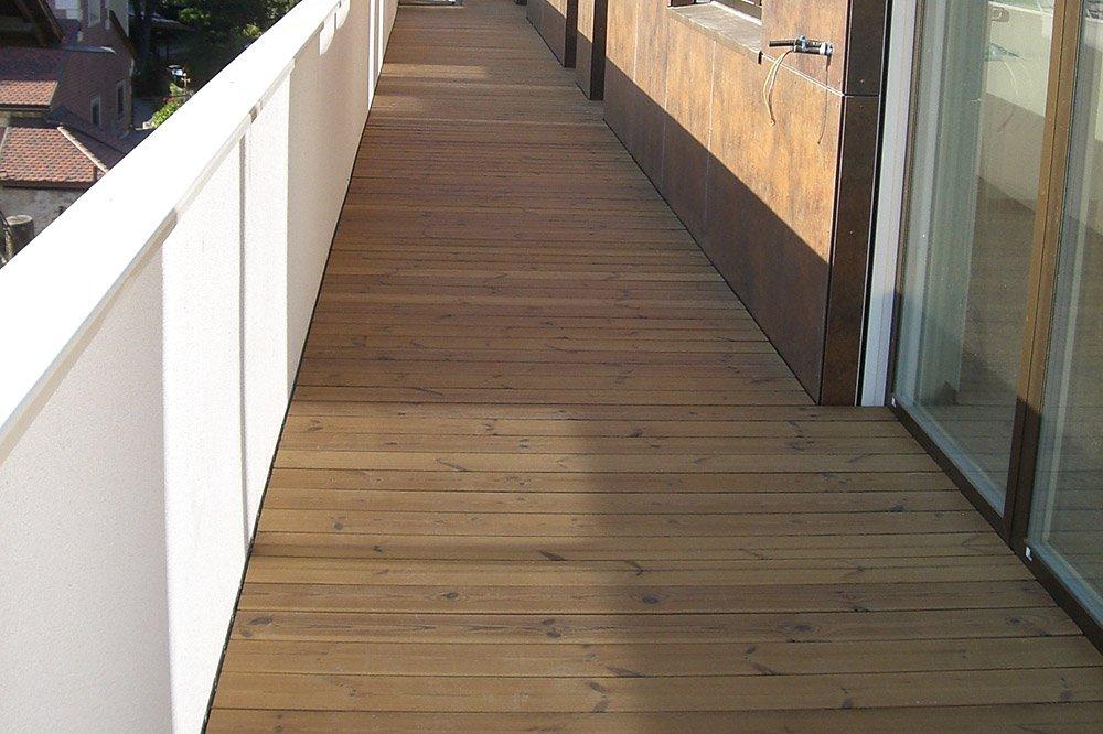 Terrassenb den terrassenholz boden for Boden 20 prozent